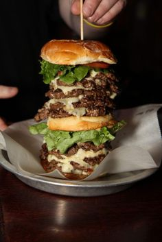 You'll never want to eat a cheeseburger again after watching this:  == http://exerscribe.com/blog/?p=2002