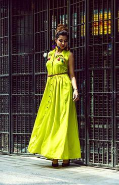 Beautiful Cotton-Mul Long kurti with brilliant detailing. Casual Indian Fashion, Indian Fashion Dresses, Dress Indian Style, Indian Designer Outfits, Funky Dresses, Stylish Dresses, Casual Dresses, Long Gown Dress, Lehnga Dress