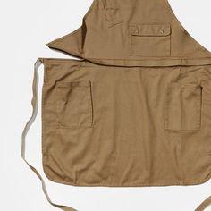 APN-170701   ユニフォーム・制服のオーダー制作【UNIX TOKYO】 Farmer Outfit, Waist Apron, Textiles, Aprons, Work Wear, Khaki Pants, Camping, Sewing, Kitchen