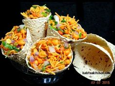 Chatpata Papad Cone Recipe-How to make Stuffed Masala Papad-Easy and Quick Tea Time Snack-Papad Roll Indian Appetizers, Indian Snacks, Indian Food Recipes, Vegetarian Recipes, Snack Recipes, Cooking Recipes, Paneer Recipes, Cooking Tips, Bhel Recipe