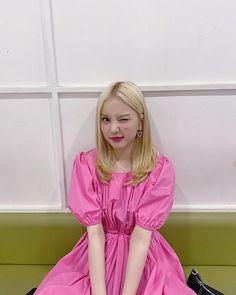 Extended Play, Fashion Tag, Daily Fashion, South Korean Girls, Korean Girl Groups, Jung Eun Bi, Cloud Dancer, G Friend, Wow Products