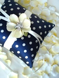 Spotted, navy ring pillow #Rockabilly  Wedding ... Wedding ideas for brides & bridesmaids, grooms & groomsmen, parents & planners ... https://itunes.apple.com/us/app/the-gold-wedding-planner/id498112599?ls=1=8 … plus how to organise an entire wedding, without overspending ♥ The Gold Wedding Planner iPhone App ♥