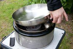 Vi prøver: Cobb Grill – Del 3 Grilling, Crickets