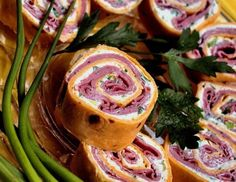 Roast Beef Horseradish Spirals Recipe - Foods