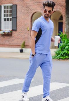 BeneFIT Medical Apparel provides the medical field the comfort of an athletic fit scrub. Elevate your scrubs wth the hottest new scubs on the market! Scrubs Outfit, Scrubs Uniform, Men In Uniform, Ceil Blue Scrubs, Stylish Scrubs, Men Photoshoot, Medical Scrubs, Sneakers Women, Sport Wear