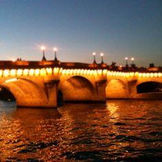 Le Pont Neuf #paris #visitparis #pontneuf  #pariscityvision #river #seine #parisjetaime