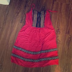 Indie Inspired Red Dress Super cute indie inspired dress. The details are fabulous and you are such to be complimented! Can be dressed up or down! Worn twice. Mossimo Supply Co. Dresses