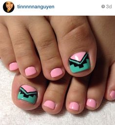 teal and peach tribal toes tribal design for toe nail - Toe Nail Designs Ideas