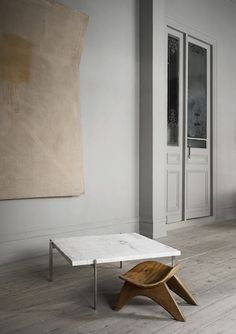 PK 61 marble table by Poul Kjaerholm
