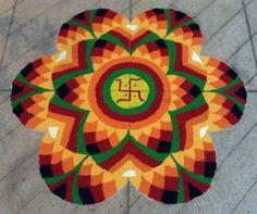 17 Unique And Traditional Diwali Rangoli Designs Rangoli Designs Latest, Latest Rangoli, Colorful Rangoli Designs, Rangoli Designs Diwali, Rangoli Designs Images, Beautiful Rangoli Designs, Rangoli Designs Flower, Diya Rangoli, Indian Rangoli