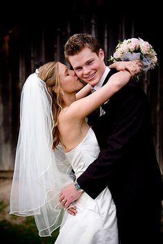 Wedding Photography Wedding Photography Inspiration, Couple Photography, Portrait Photography, Wedding Inspiration, Photography Ideas, Wedding Ideas, Wedding Couple Poses, Wedding Couples, Wedding Shot
