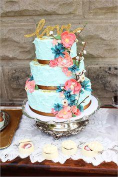 blue wedding cake http://www.weddingchicks.com/2013/09/13/mint-and-gold-wedding-ideas/