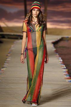 Vacanze e nightlife per la prossima estate il look è Giamaicano - Vogue.it