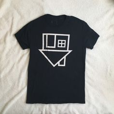 the neighbourhood band t-shirt authentic the nbhd merch from one of their shows about a year ago. very little wear, no flaws, just like new. size is a unisex small. Urban Outfitters Tops Tees - Short Sleeve