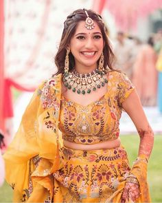 Pin by Dusky Desk on Haldi Inspo (Indian wedding) in 2020 Indian Wedding Wear, Indian Bridal Outfits, Indian Bridal Fashion, Indian Fashion Dresses, Indian Designer Outfits, Bridal Dresses, Indian Wedding Jewelry, Designer Bridal Lehenga, Bridal Lehenga Choli