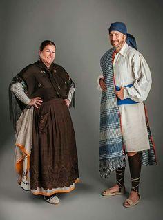 Warrior Fashion, Folk Clothing, Fashion Face, Spain, Kimono Top, Shirt Dress, Costumes, Fashion Outfits, Shirts