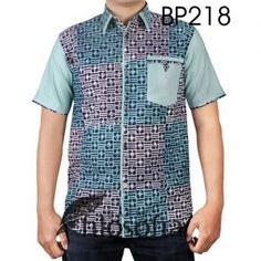 Kemeja Batik Cap Katun dengan Kode BP218 African Shirts For Men, African Attire For Men, African Tops, African Clothing For Men, African Wear, Mens Clothing Styles, African Style, Nigerian Men Fashion, African Men Fashion