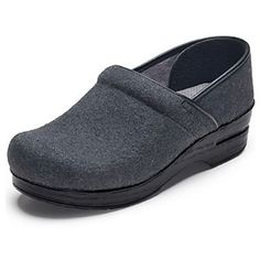 Shop from our huge selection of nursing shoes which are available from all the best brands, popular colors and latest styles. Nursing Shoes, Popular Colors, Stethoscope, Best Brand, Loafers Men, Clogs, Latest Fashion, Flannel, Oxford Shoes