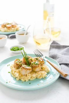Tahitian Vanilla Seared Scallops with Lemon Coconut Risotto www.pineappleandococonut.com