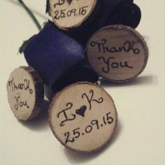 Rustic wedding favours – what a clever idea! Just get our oval or round natural… Wedding Favours To Keep, Handmade Wedding Favours, Rustic Wedding Favors, Personalized Wedding Favors, Personalized Gifts, Wooden Log Slices, Place Names, Clever, Etsy Seller