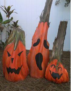 The Most Beautiful Garden Flowers - Palm Tree Crafts, Palm Tree Art, Palm Trees, Nature Crafts, Fall Crafts, Holiday Crafts, Palm Frond Art, Palm Fronds, Holidays Halloween