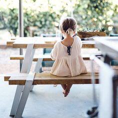 sweet little girl Stylish Kids Fashion, Toddler Fashion, Cute Family, Family Kids, Little Girl Outfits, Little Girls, Laura Lee, Kid Styles, Belle Photo