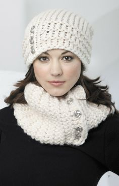 quick and easy knit hats and scarves | ... Loom Knit Hats Scarves Knit Patterns Book Slouchy Cowl Cable Caps Easy