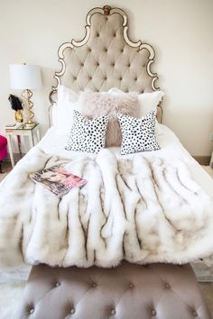 contemporary chic bedroom - Luxury Living For You Glam Bedroom, Home Bedroom, Girls Bedroom, Feminine Bedroom, Bedroom Romantic, Glam Bedding, Pretty Bedroom, Faux Fur Bedding, Fashion Bedroom