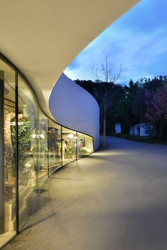 Zurich Zoo Foyer Renovation & Extension / L3P Architects