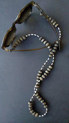 Black and White Eyeglass Retainer, Eyeglass Strap, Eyeglass Chain, Sunglass Chain, Beaded Chain for Eyeglass Holder, Black Women Fashion, Beaded Necklace, White Sunglasses, Etsy, Glasses Online, Wooden Beads, Free Shipping, Earrings Handmade