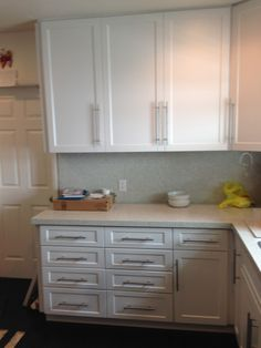 Kitchen Cabinet AFTER Refacing. The Drawers Were Replaced With New Ones In  The New Shaker