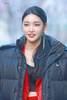 New Music, Good Music, Chung Ah, Korean Singer, Girl Group, Hip Hop, Hollywood, Leather Jacket, Cosplay