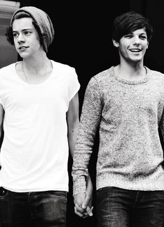 Larry🌸 Harry Styles y Louis Tomlinson Larry Stylinson, Louis Y Harry, Harry 1d, Louis Tomlinson, Niall Horan, Boys Who, My Boys, 5sos, Mtv