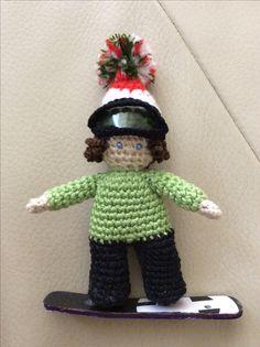 Crochet 'snowboarder Zsófi' amigurumi to Zsófi ☺️❄️🏂