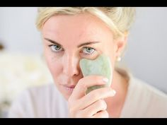 Gua Sha is an East Asian therapeutic healing technique that has been widely practised in China for thousands of years. Hayo'u Body Restorer Gua Sha massage t. Massage Facial, Facial Yoga, Anti Aging, Gua Sha Massage, Gua Sha Facial, Jade, Makeup For Older Women, Facial Exercises, Beauty Makeup