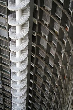 ArchitecturePasteBook.co.uk (arquitecturb: EDIFICIO COPAN STAIRS by Oscar...) Fabulous!
