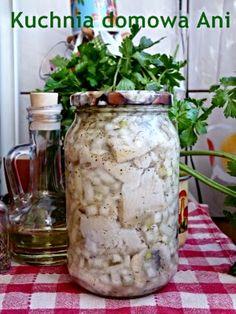 Kuchnia domowa Ani: Śledzie z cebulą i ziołami w oleju