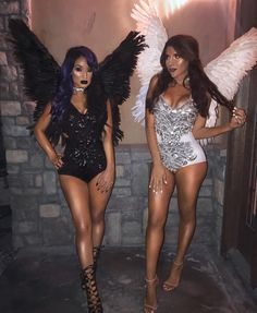 Looking for a clever Halloween costume idea for you and your Best Friend(s)? Here are ideas cute, clever, and unique women's Halloween costume ideas for girlfriends. Fallen Angel Halloween Costume, Best Friend Halloween Costumes, Halloween Rave, Cute Halloween Costumes, Black Angel Costume, Angel Halloween Makeup, Angel Costumes, 3 People Costumes, Halloween 2018