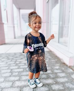 Toddler Dress, Toddler Outfits, Kids Outfits, Baby Girl Fashion, Kids Fashion, Mix Baby Girl, Cute Little Girls Outfits, Baby Swag, Chic Baby