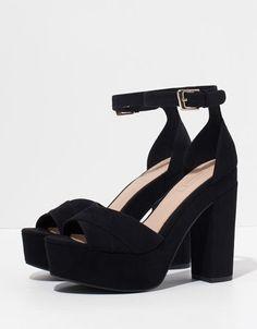 Sandalia Basic Bershka - Zapatos - Bershka España