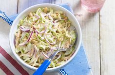 Coleslaw is so easy to make with this classic recipe that's crisp and crunchy, made simply with mayo, lemon juice and mustard. The ultimate BBQ side dish. Side Dishes For Bbq, Summer Side Dishes, Healthy Side Dishes, Classic Coleslaw Recipe, Classic Recipe, Healthy Coleslaw, Homemade Coleslaw, Coleslaw Recipes, Salads