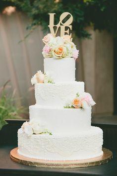 6 Bolos de casamento com flores - Guia Noivas Brasil