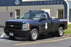 Online gallery of pictures of US Air Force Security Forces Police Vehicles across the decades.