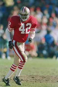 Ronnie Lott - San Francisco 49ers- The Maestro of the D-Backs of the Champs He also believed in Snot Bubbles