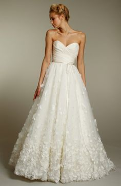 Good Dresses for Weddings