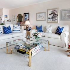 Living Room Ideas on a Budget: 10 Cheap and Stylish Decor Ideas Living Room On A Budget, Living Room Modern, Living Room Sofa, Living Room Furniture, Living Room Decor, Living Rooms, Interior Design Living Room, Interior Decorating, Decorating Ideas