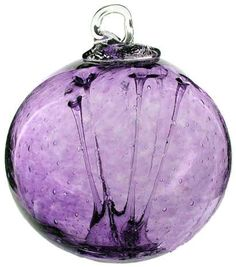 I want one in each of my favorite colors: emerald green, cobalt blue and this purple - Discover the amazing Olde English Witch Balls from Kitras Art Glass, they make amazing gifts! Check out our selection of gifts for dog lovers and home decor.