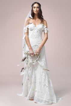 Nomadic Love | Rue De Seine Wedding Dress Collection | Bridal Musings Wedding Blog 41