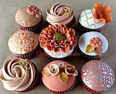Autumn Inspired Cupcakes - Cake by Sophia Mya Cupcakes (Nanvah Nina Michael) Elegant Cupcakes, Pretty Cupcakes, Beautiful Cupcakes, Yummy Cupcakes, Cupcake Cookies, Cupcake Fondant, Caramel Cupcakes, Rose Cupcake, Cupcake Toppers