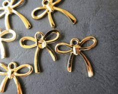 10pcs -Gold Cheer Bow Charm Beads 24x22mm -G1209